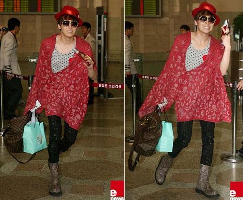 Lee Hong Ki ăn vận điệu đà như con gái