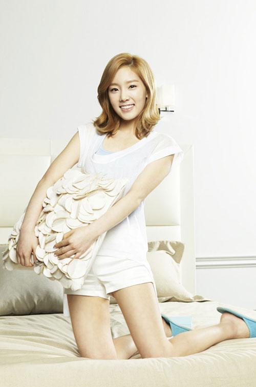 SNSD cho Seohyun ở nhà khi ra ngoài tiệc tùng? 9