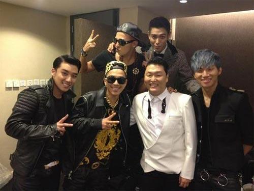 """Psy cùng Big Bang chụp """"ảnh gia đình"""" hậu MAMA 1"""