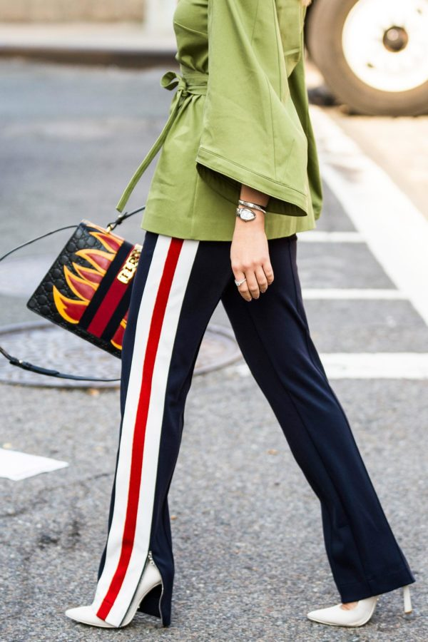 Chiếc quần Zara này đang được các fashionista thế giới thi nhau diện và nó có bán tại store Zara Việt Nam - Ảnh 9.
