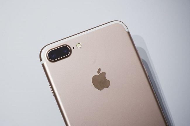 Thử tính năng chụp teen xóa phông trên iPhone 7 Plus: đẹp nhưng chưa hoàn chỉnh - Ảnh 1.