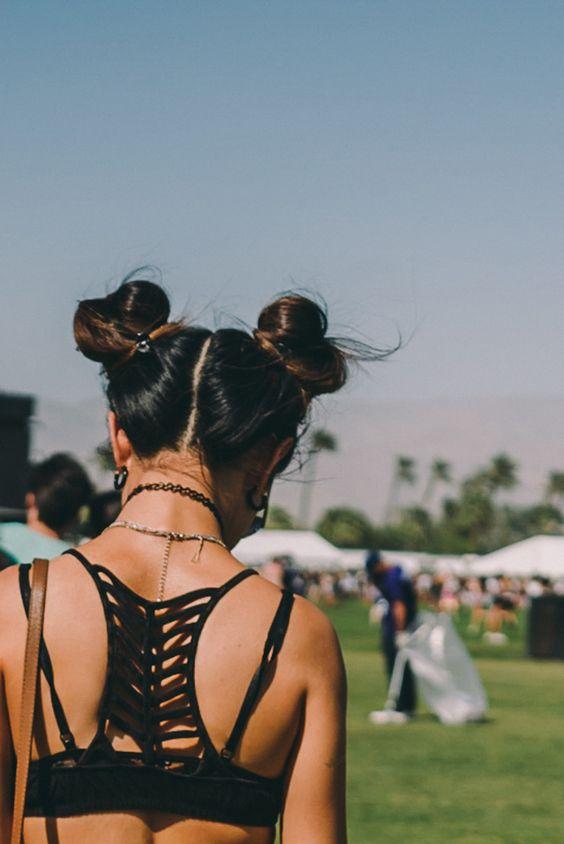 14 biến tấu tóc búi xinh xắn giải nhiệt cho ngày nắng nóng - Ảnh 1.