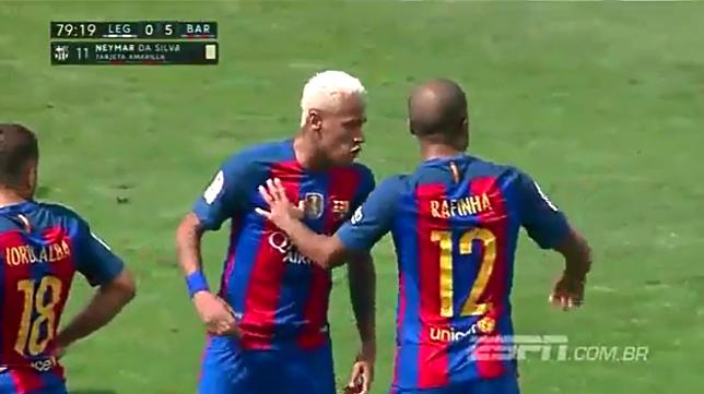 Phản ứng gây sốc của Neymar với đồng đội trẻ - Ảnh 2.