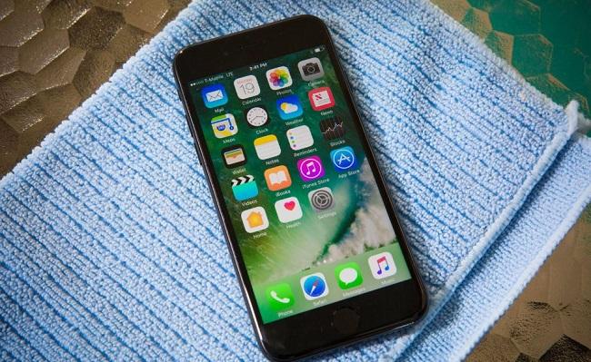 Làm gì khi iPhone 7 bị vào nước? - Ảnh 3.