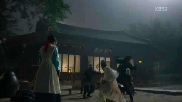 """""""Moonlight"""" tập cuối: Cái kết hạnh phúc không dành cho tất cả - Ảnh 2."""