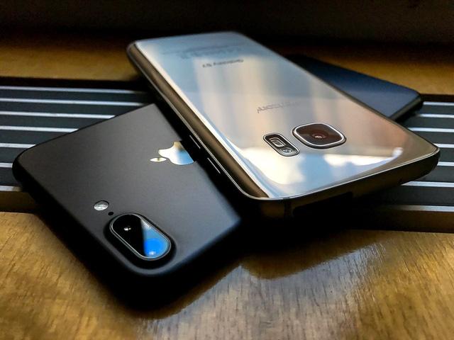 Tưởng thế nào, camera iPhone 7 Plus cũng chỉ xách dép cho Galaxy S7 - Ảnh 2.