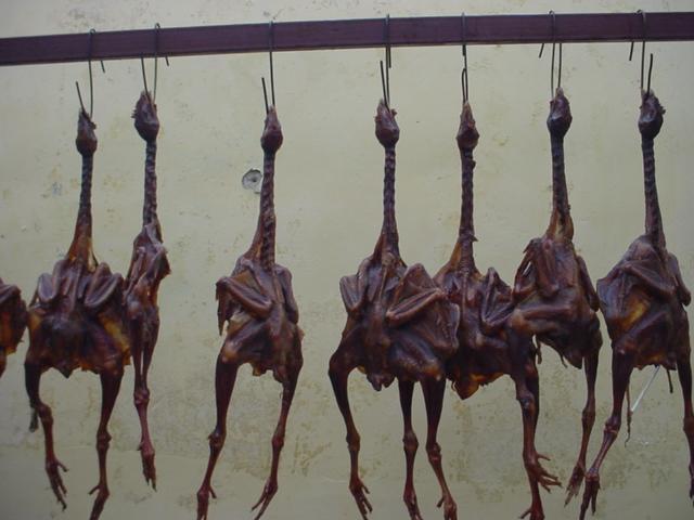 Câu chuyện về món ẩm thực muốn ăn là phải nhẫn tâm của người Tây Tạng - Ảnh 2.