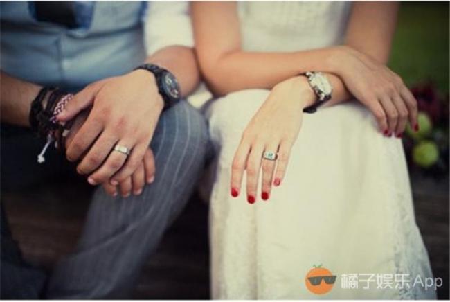 Nỗi đau không biết kêu ai của những người phụ nữ lỡ lấy nhầm chồng gay - Ảnh 1.