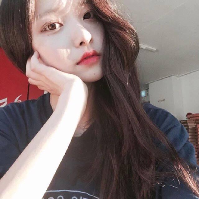 Mặc dù gương mặt na ná nhau, nhưng 4 ulzzang Hàn Quốc này vẫn rất hot vì quá xinh! - Ảnh 13.