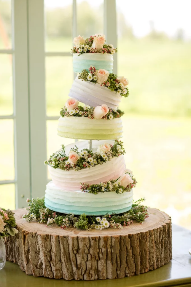 16 chiếc bánh cưới đẹp mắt lấy cảm hứng từ phim hoạt hình Disney - Ảnh 14.