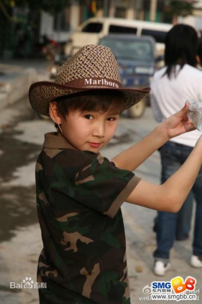Chuyện ít người biết của cậu bé Mông Cổ hát về mẹ từng khiến hàng triệu người bật khóc - Ảnh 4.