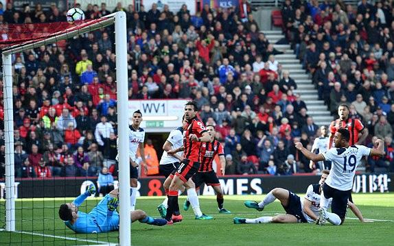 Bị Bournemouth níu chân, Tottenham lỡ cơ hội lên đầu bảng