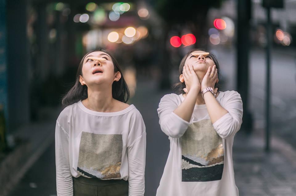 Bộ ảnh tình yêu của hai cô gái Thái Lan sẽ khiến bạn tan chảy vì quá dễ thương!