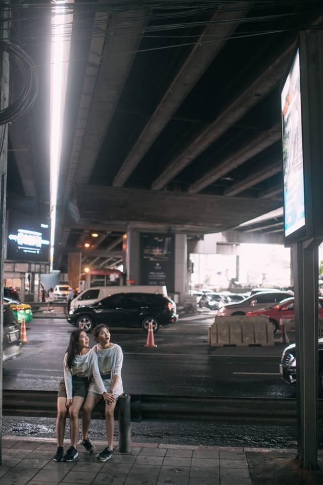 Bộ ảnh tình yêu của hai cô gái Thái Lan sẽ khiến bạn tan chảy vì quá dễ thương! - Ảnh 17.
