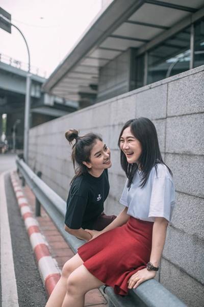 Bộ ảnh tình yêu của hai cô gái Thái Lan sẽ khiến bạn tan chảy vì quá dễ thương! - Ảnh 8.