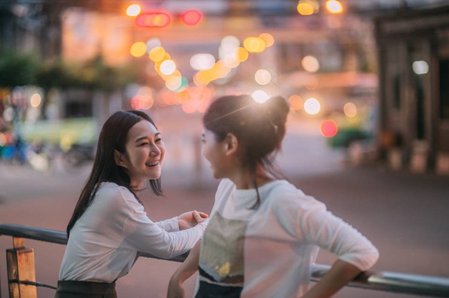 Bộ ảnh tình yêu của hai cô gái Thái Lan sẽ khiến bạn tan chảy vì quá dễ thương! - Ảnh 15.