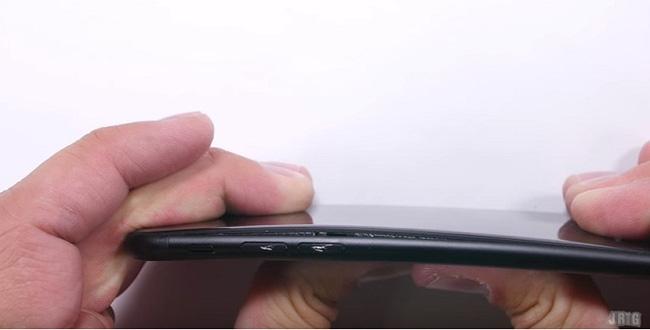 iPhone 7 đọ độ bền cùng iPhone 6s: không những mạnh mà còn bền hơn - Ảnh 7.