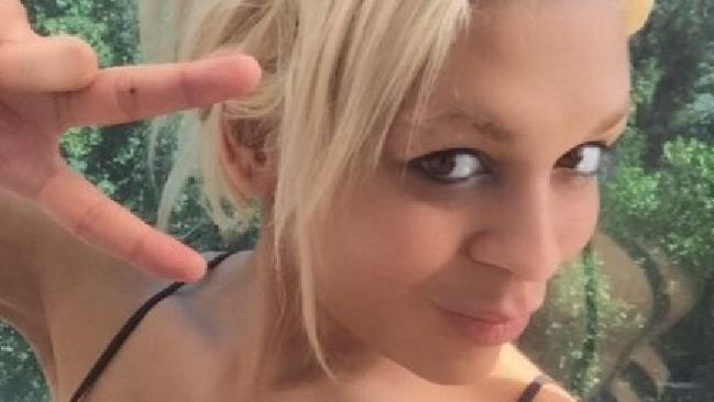 Ký ức kinh hoàng của cô gái chuyển giới bị bạn tù cưỡng hiếp hơn 2.000 lần trong suốt 4 năm - Ảnh 4.