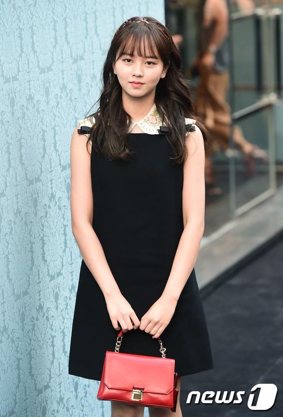 Han Hyo Joo đẹp mặn mà, lấn át Tiffany (SNSD) và Ha Ji Won trong sự kiện - Ảnh 14.