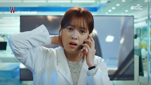 """Suzy và Han Hyo Joo: Em """"đơ toàn tập"""", chị """"cố quá thành quá cố"""" - Ảnh 11."""