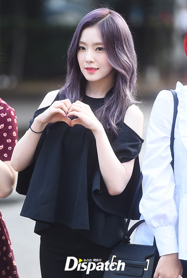 Irene đẹp xứng danh nữ thần, Red Velvet rực rỡ bên dàn thần tượng Kpop - Ảnh 2.