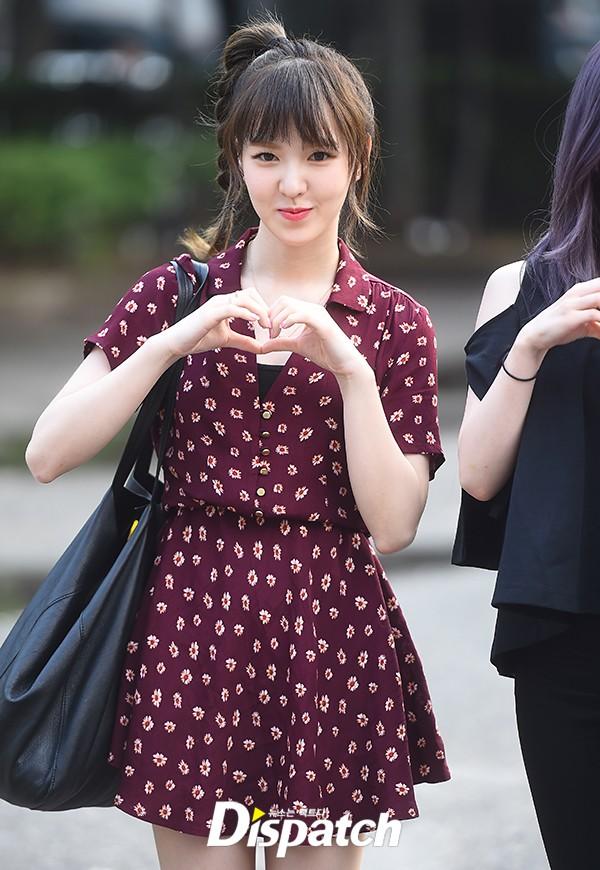 Irene đẹp xứng danh nữ thần, Red Velvet rực rỡ bên dàn thần tượng Kpop - Ảnh 6.
