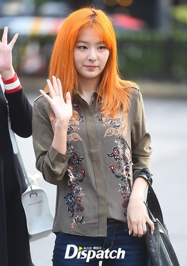 Irene đẹp xứng danh nữ thần, Red Velvet rực rỡ bên dàn thần tượng Kpop - Ảnh 9.