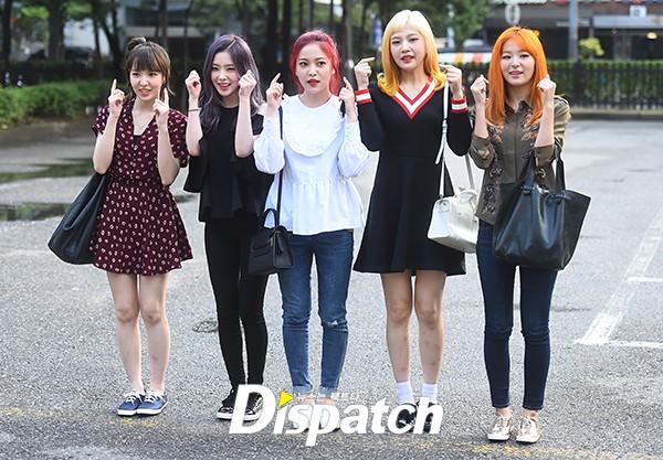 Irene đẹp xứng danh nữ thần, Red Velvet rực rỡ bên dàn thần tượng Kpop - Ảnh 11.