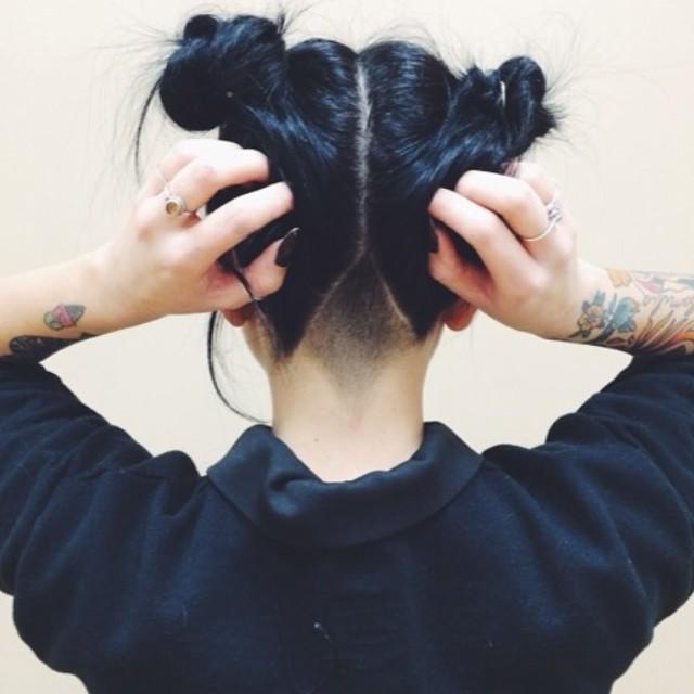 14 biến tấu tóc búi xinh xắn giải nhiệt cho ngày nắng nóng - Ảnh 2.