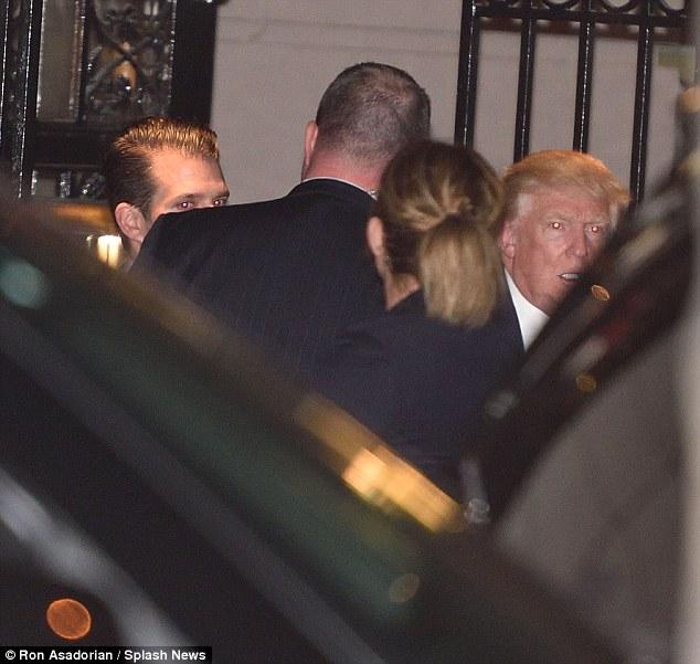 Ông Donald Trump bí mật cùng vợ và các con ăn tối ở Manhattan - Ảnh 4.
