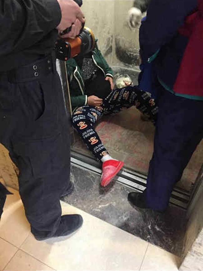 Bà bầu 5 tháng đau khổ tột độ khi sảy thai vì bước nhầm vào thang máy tử thần - ảnh 2