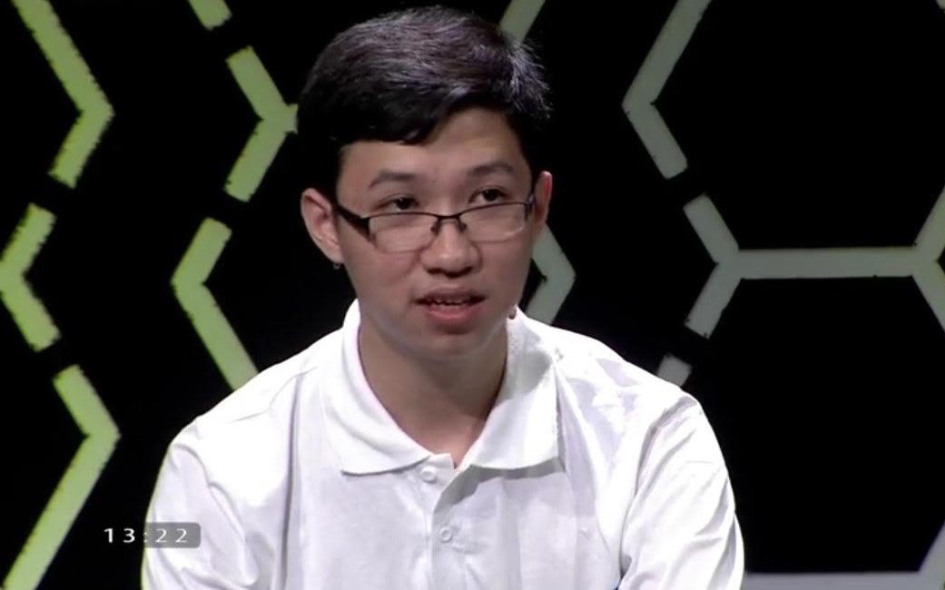 Về nhất với 400 điểm, 'Cậu bé Google' Phan Đăng Nhật Minh vừa lập kỷ lục mùa Olympia mới