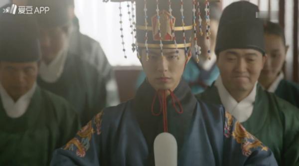 """""""Moonlight"""": Thế tử Park Bo Gum tự tay cắt đứt vòng hẹn ước với Kim Yoo Jung - Ảnh 27."""