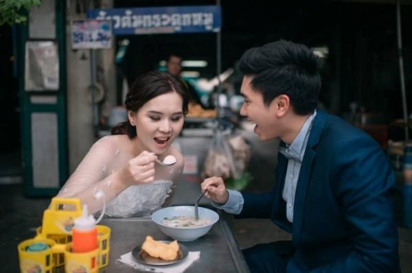 Bộ ảnh đưa nhau đi ăn khắp thế gian khiến bạn xem là muốn cưới - Ảnh 9.