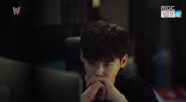 W - Two Worlds: Tự tử quá nhiều, Lee Jong Suk quên mất cả vợ Hyo Joo? - Ảnh 34.