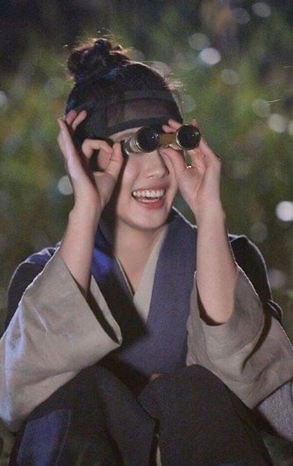 """""""Moonlight"""": Thế tử Park Bo Gum tự tay cắt đứt vòng hẹn ước với Kim Yoo Jung - Ảnh 48."""