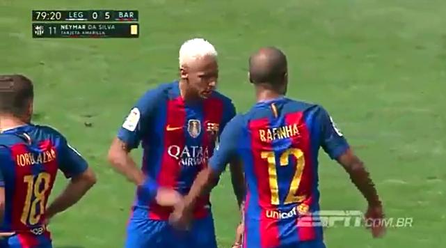 Phản ứng gây sốc của Neymar với đồng đội trẻ - Ảnh 3.