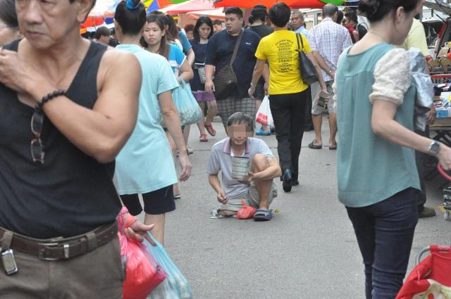 Phát hiện một băng nhóm Trung Quốc chuyên bắt cóc trẻ em, bẻ gãy tay chân rồi bắt đi ăn xin - Ảnh 3.
