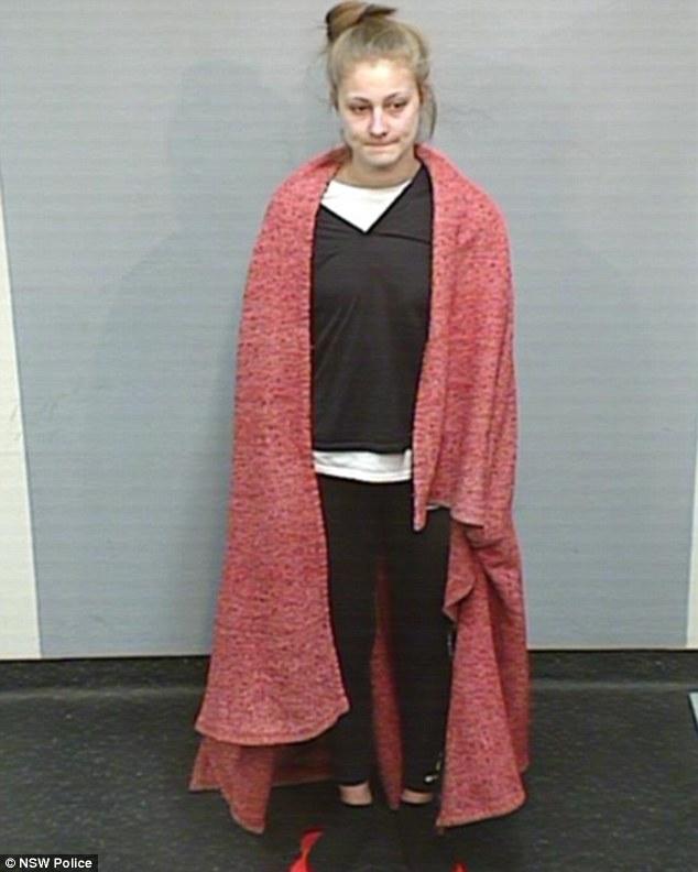 Bị đăng ảnh xấu, đối tượng truy nã yêu cầu cảnh sát thay ảnh lừa tình - Ảnh 2.