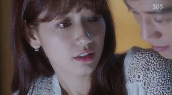 Fan Doctors náo loạn khi Kim Rae Won và Park Shin Hye có nụ hôn đúng tuổi - Ảnh 3.