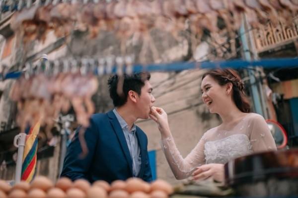 Bộ ảnh đưa nhau đi ăn khắp thế gian khiến bạn xem là muốn cưới - Ảnh 7.