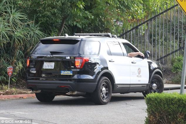 Chi tiết trận cãi nhau giữa Brad Pitt với con trai gốc Campuchia khiến FBI vào cuộc - Ảnh 2.