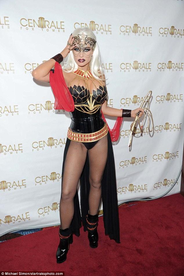 Vài ngày nữa mới Halloween, nhưng sao Hollywood đã tưng bừng hóa trang khởi động - Ảnh 19.