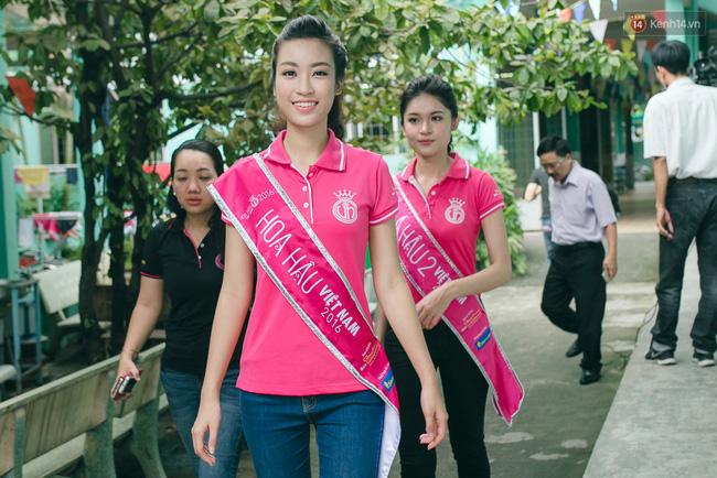 Điểm chuẩn 22, chỉ được 21 điểm nhưng vẫn đỗ Ngoại Thương, Hoa hậu Mỹ Linh nói gì? - Ảnh 1.