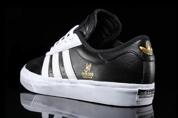 Bộ sưu tập giày sneaker đen huyền bí dành cho các boy - Ảnh 5.