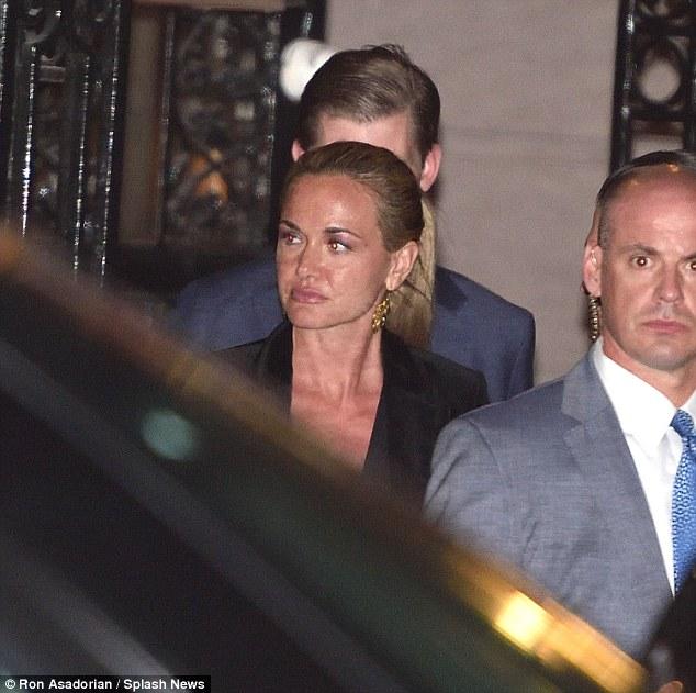 Ông Donald Trump bí mật cùng vợ và các con ăn tối ở Manhattan - Ảnh 10.