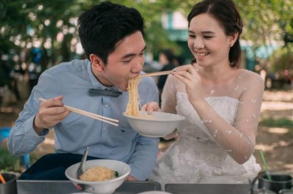 Bộ ảnh đưa nhau đi ăn khắp thế gian khiến bạn xem là muốn cưới - Ảnh 5.