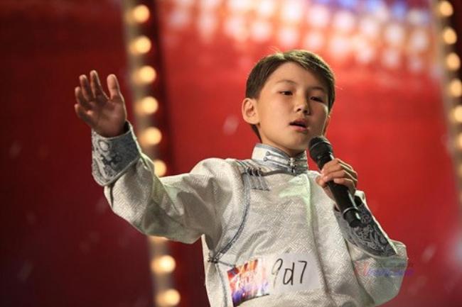 Chuyện ít người biết của cậu bé Mông Cổ hát về mẹ từng khiến hàng triệu người bật khóc - Ảnh 13.