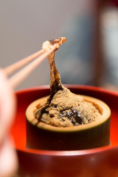 Cách làm warabi mochi - món bánh sang chảnh chỉ quý tộc Nhật Bản mới ăn - Ảnh 1.