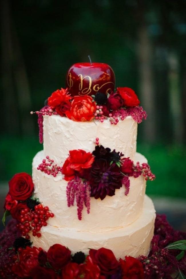 16 chiếc bánh cưới đẹp mắt lấy cảm hứng từ phim hoạt hình Disney - Ảnh 9.